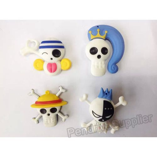 ONE PIECE Skull Heads USB Flash Drive